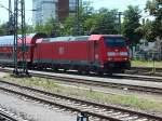BR 146/284969/146-229-faehrt-am-31713-in 146 229 fährt am 31.7.13 in Singen ein.