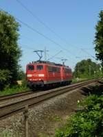 BR 151/285005/zwei-151er-151-043-an-der Zwei 151er (151 043 an der Spitze) am 1. August 2013 in Hilden.